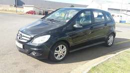 2012 mercedes benz bclass B200 auto, 56,000 kilo For R165,000,00