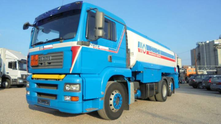 MAN TGA 26.410*Unten-&Obenbefüllung*Benzin+Diesel* - 2003
