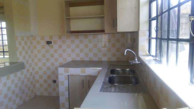Three bedroom house to let, all en - suite. Roysambu - image 3