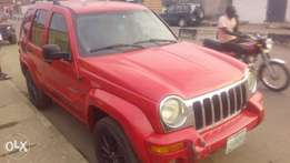 Neatly used liberty jeep, 2004 model.