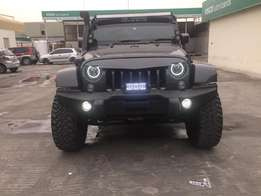 Jeep Wrangler Unlimited (Customized)