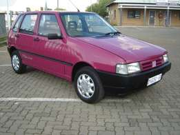 Fiat uno for sale R9900