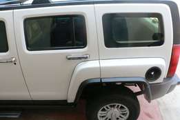 Clean White Hummer 3