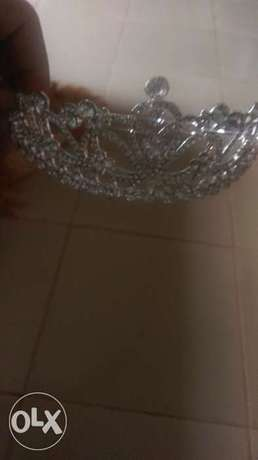 Crown shiny metal Ikeja - image 1