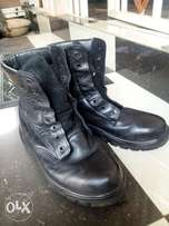 Big Black Leather Safety Shoe (Boot)