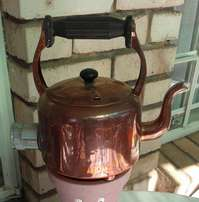 Old copper kettle - Electric