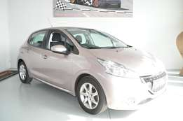 Peugeot 208 1.2 Vti Active 5dr very good condition with FSH