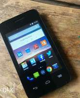 Safaricom neon , has whatsapp,3g net,3.5inches,,2k
