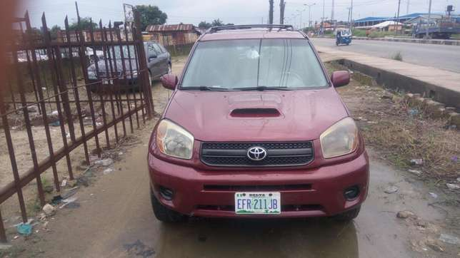 Toyota rav4 4wd for sell Uvwie - image 1