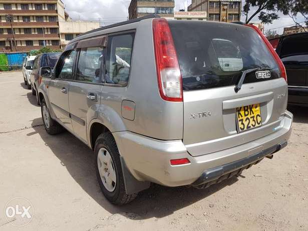 Nissan extrail super clean in mint Condition Nairobi CBD - image 2