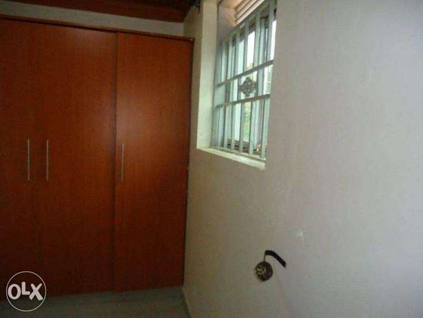 A nice 3bedrooms & 2bathrooms house for rent in kyanja at 800k Kampala - image 5