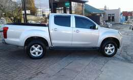 Isuzu KB300 D-Teq 2x4 Double Cab 2013 Manual