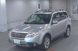 Subaru Forester. 2010 with sunroof