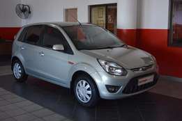 Ford Figo 1.4 Trend ( 2011 ) Very Neat with all the luxuries.