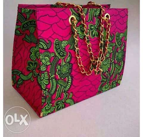 Learn how to make bags all by yourself, from the scratch to finish. Amaeke - image 4