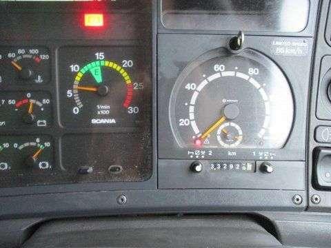 Scania 94 DB 4X2 NA 230 RHD - 2003 - image 5