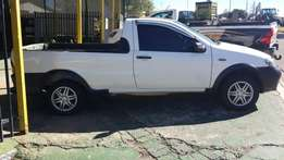 Fiat Strada bakkie 2007 model for sale