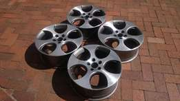 "Set of Golf GTI 18 "" rims"