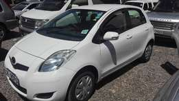 Toyota vitz 2010 auto just arrived 1000cc super clean buy and drive,