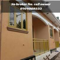 No broker fee. Executive apartment for rent najjera near the road.