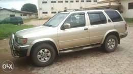 Clean faily used Nissan Pathfinder