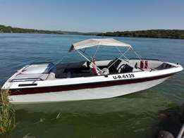 Mercruiser V8 in board family boat