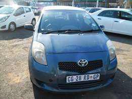 Toyota yaris 1.3 2007 Model,5 Doors factory A/C And C/D Player Central