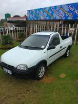 Opel Corsa Bakkie 1.6 Sport 200 model with 137000km
