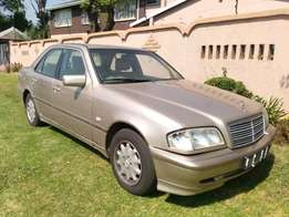 Call Haroon on 2000 Mercedes Benz C180 Classic Auto