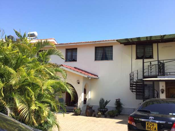 Nyali 5 Bedrooms Maisonette on 1/2 Acre plot For Sale Nyali - image 5