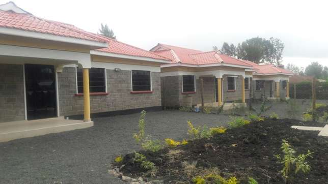 Three bedrooms for sale Ongata Rongai - image 1