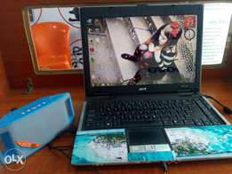 Acer aspire 3680 laptop + Bluetooth speaker