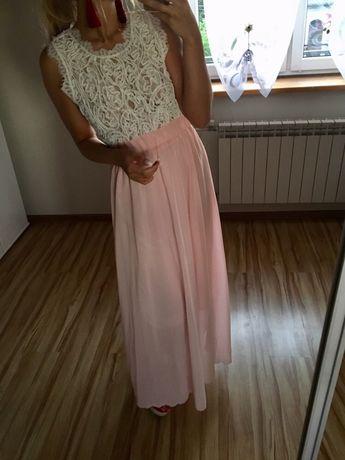 Pudrowa różowa biala sukienka koronkowa ażurowa wesele