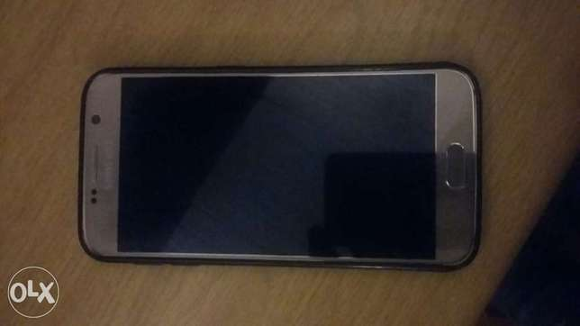 seling my s6 for a bargain Roodepoort - image 1