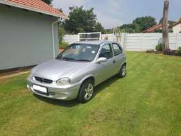 corsa lite 1 6 for R14 500 for sale