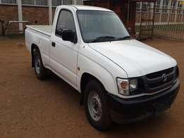 2003 toyota hilux papers in order power steering air-corn new tyres