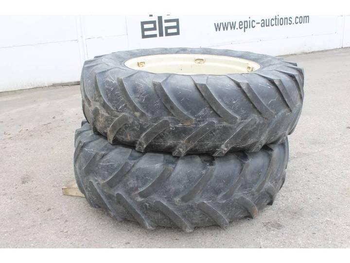 Michelin 16.9 R34 XM25 Banden Met Velg
