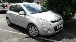 A Price dropped 2010 Hyundai 1.6 i20 with electric Windows and aircon
