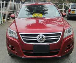 VW Tiguan year 2011, Unique Wine Red Colour with genuine 45,000kms