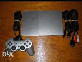 Ps2 chipped with 2controllers and memory card