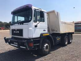 2000 MAN 10m tipper