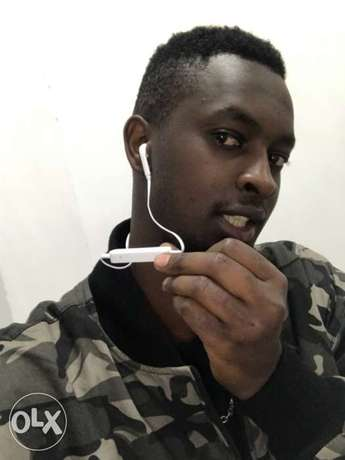 Bluetooth earphones Nairobi CBD - image 2