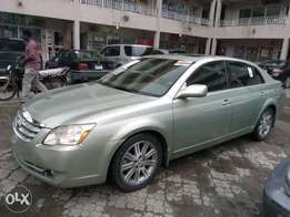 ADORABLE MOTORS: An extremely clean, toks 06 Toyota Avalon
