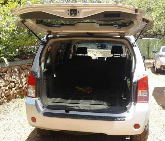 2006 Nissan Pathfinder Sport, manual 2.5L turbo diesel dCI engine, goo Karen - image 3