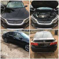 Clean Trim tokunbo 2013 Honda accord
