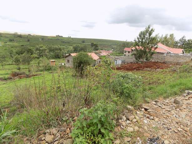 Thika Ngoingwa 50x100 plot for sale Thika - image 1