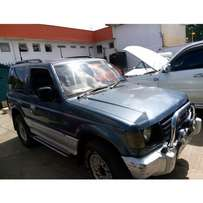 MITSUBISHI PAJERO REG NO KAZ 5speed manual diesel buy and drive.