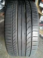 255/35/19 Continental Runflat tyre for sell