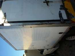 Bargain lwb bakkie loadbin coolerbox or even just for deliveries