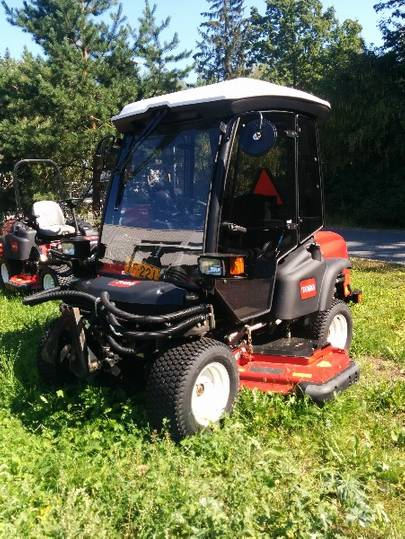 Toro Groundsmaster 360 Cab - 2011